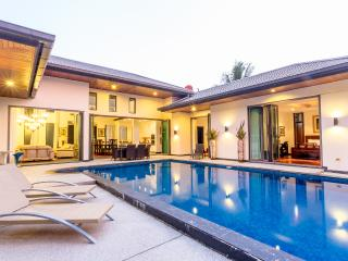Villa 3000, Phuket, 5min walk to Bangtao Beach