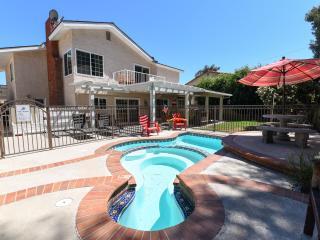$300-$375/night- 2500 sf. home, 4 bdrs, 3 baths, Anaheim