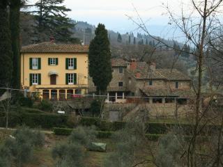Casale con piscina nei boschi fiorentini