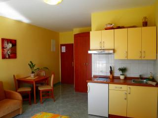 3+1 apartment for you lovely holidays, Sucuraj