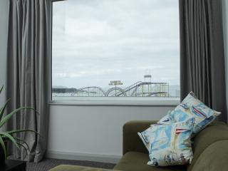 MALIN APARTMENT OCEANS 14 PORTRUSH