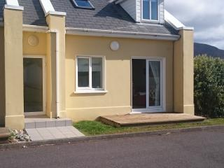 Stunning Ceann Sibeal, Star Wars movie location and right on the golf course, Ballyferriter