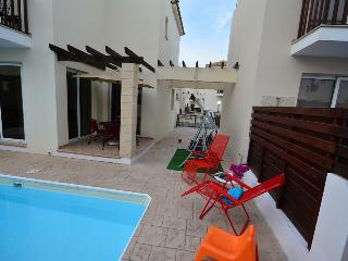 Villa Lana, 300m to beach, family friendly, Protaras