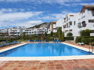2 Bedroom Garden Apartment With Fantastic BBQ Terrace R144