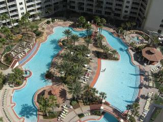 Shores of Panama - 2 BR + Bunk, 3 BA & Parking, Panama City Beach