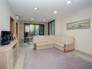 Budva Two Bedroom Apartment (304)