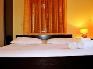 Charming apartment for 2, Sucuraj