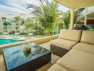 Great Ocean views from this 3rd story condo at The Elements, Playa del Carmen
