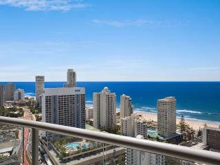 2 BED APT. IN CENTRAL SURFERS OCEAN VIEWS a1293, Surfers Paradise