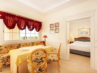 Paal Guadalpin Marbella Deluxe de 2 Dormitorios