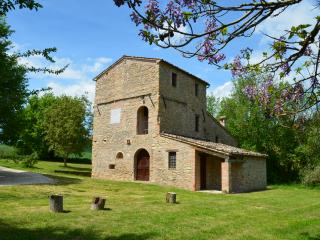 Agriturismo Catignano - Apt Leccino