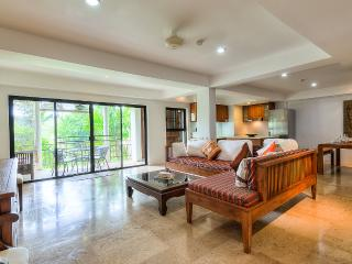 2 BDR MODERN STYLE APARTMENT AT NAI HARN