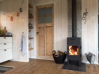 Cozy cottage on national park Veluwe with stove