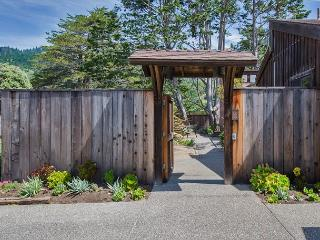 Spacious three bedroom home close to the beach, Stinson Beach