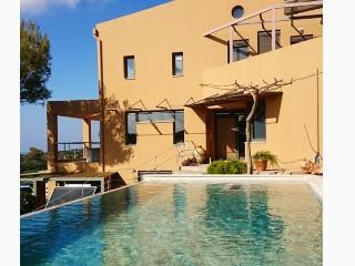 Villa Niso, Acrotiri