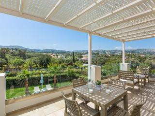 Villa Vasia, modern paradise!