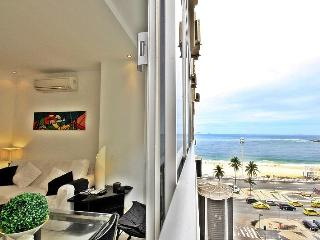 Luxury apartment in Copacabana with side sea view D025, Río de Janeiro