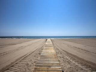 Puzol Beach II, Puig