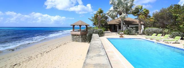 Villa Blue Beach 4 Bedroom SPECIAL OFFER, St. Maarten-St. Martin