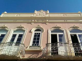 Palacio Juliette in downtown historic Olhao