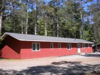 Mercer Lake Resort - Cabin #7, Minocqua