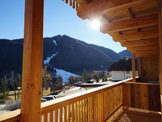 Chalet Appartments Ambria** App. Conturines, La Villa