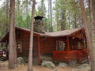 (4) Pine Creek Cabin, Wawona