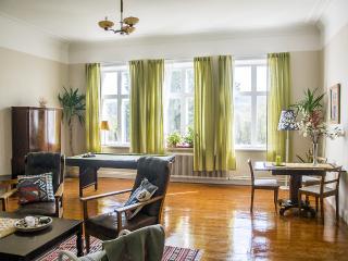 Villa Stenhuset, semester- och företagsboende, Torpshammar