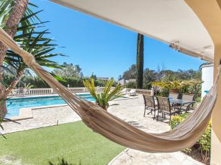 Villa in Majorca, 12 pax, WIFI, TV SAT, 2 Barbecues, only 10 min by car to Palma