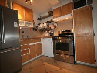3 1/2 Borderline Ahuntsic - heated - lighted, Montreal