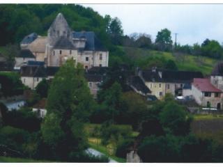 maison perigourdine, de plein-pied pres du chateau