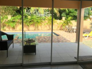 Cas di Sono Bonita - 2 Bedroom Pool Home, Noord