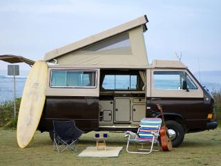 Vintage camper Surf Bus - Live your adventure, Haleiwa