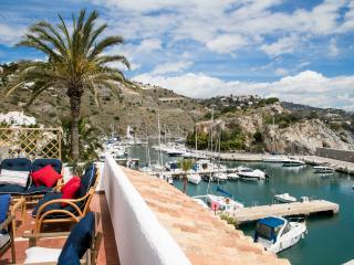 Marina Village con terraza vistas al mar, La Herradura