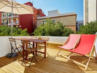 Glorias Penthouse with Terrace (1BR) - 20% SPECIAL PROMO DISCOUNT, Barcelona