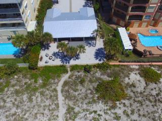 3 Palms Retreat - Gulf Front - 7 Bdrs, Clearwater