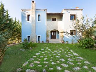 Villa Ioli, Prines
