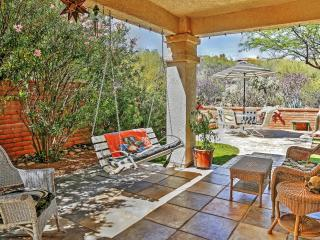 Picturesque 2BR + Den Tucson Foothills Home w/Wifi, Awesome Mountain Views