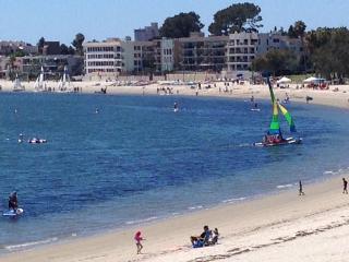 Bayfront Condo W/Panoramic Bay & Beach Views!!, San Diego
