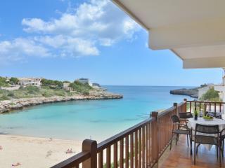 Mallorca beach family apartment with terrace