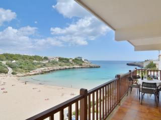 Mallorca beach family apartment with terrace