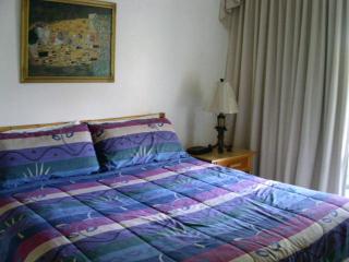 Comfortable Esmeralda Villa