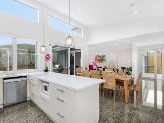 Luxury | Modern | Mobility Accessible | Wifi, Ocean Grove