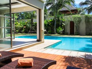 3 BDR LUXURY POOL VILLA  AT BANG TAO