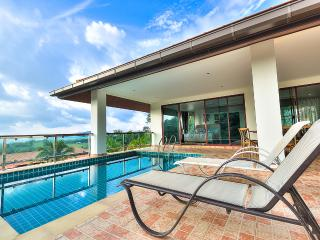 5 BEDROOM LUXURY SEA VIEW POOL VILLA #2, Chalong