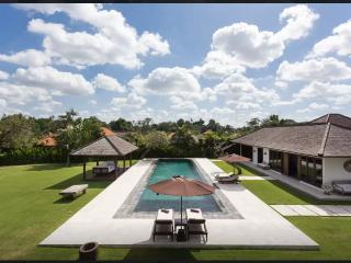 Villa Yoyo