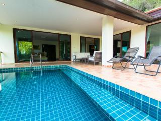 5Bed Hill Side Sea View Villa4 -Chalong