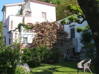 Casa Pietrarosa, Tramonti