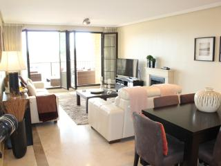 Fabulous 3 Bed Apartment With Large Terrace R125, Benahavis