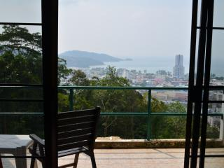 Baan Suan charming villa-hotel, 4 sea view rooms, Patong